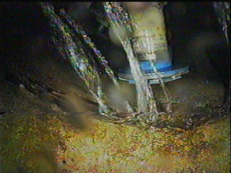 04Muffe+Grundwasser vorher